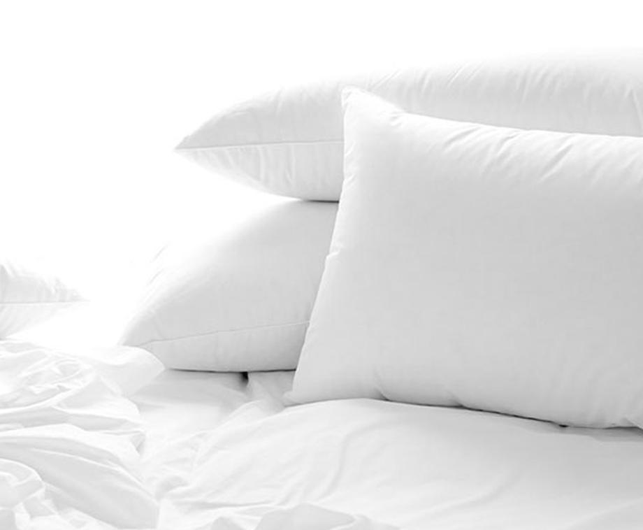 Pierre Cardin Kussen : Comfortabel donzen hoofdkussen vormt zicht direct naar iedere