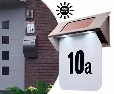 luxe design huisnummer met led verlichting op zonne energie