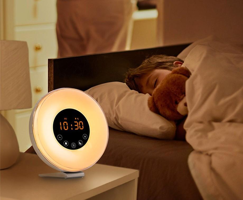 Kinderwekker Met Licht : Led wake up wekker met natuurgeluiden en fm radio dagelijks