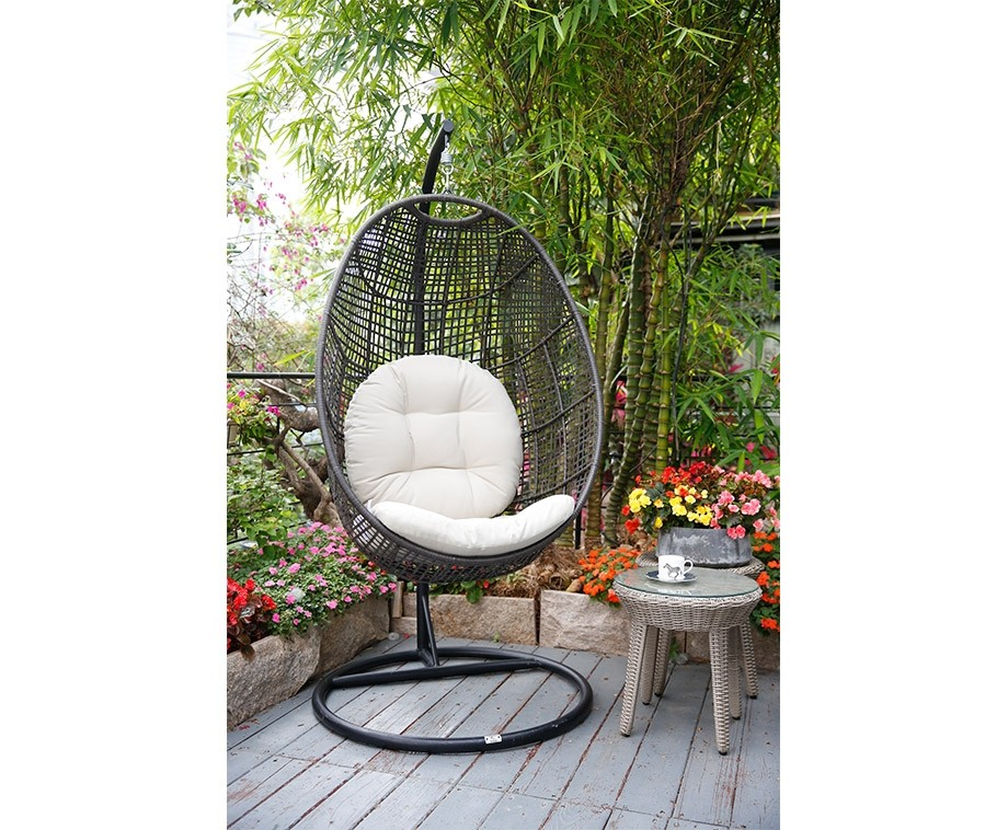 Egg Chair Roze.Egg Chair Tuin