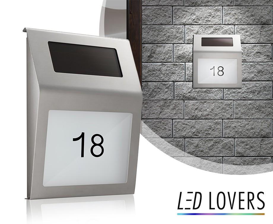 LED Verlicht Huisnummer - Laadt Op Middels Zonne-Energie ...