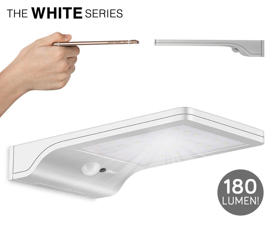 Ultra Dunne Solar LED Buitenlamp - Geeft Extreem Veel Licht!